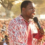 Prophet Magaya defends adoration for Mugabe