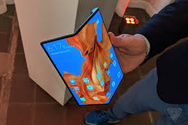 Huawei unwraps 'fastest 5G foldable phone'