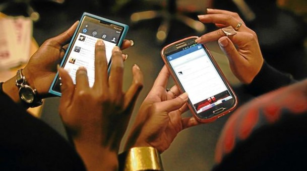 South African mobile users at risk of spies